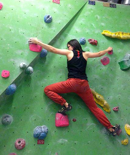 Bouldering: problem solving with your body